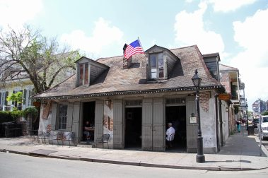 The blacksmith shop, the oldest bar in the city