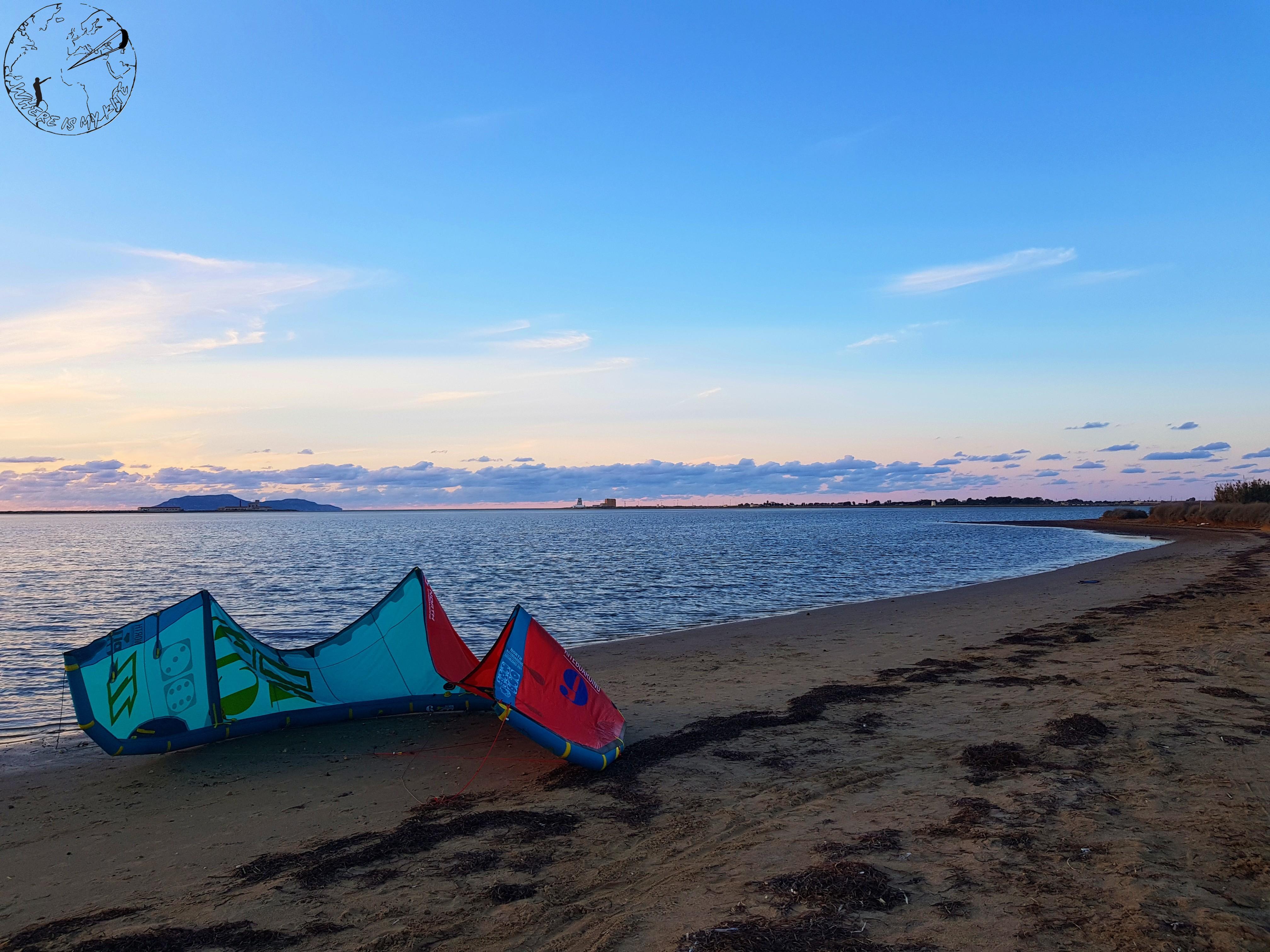 Petite session de kitesurf sur le spot de Marsala