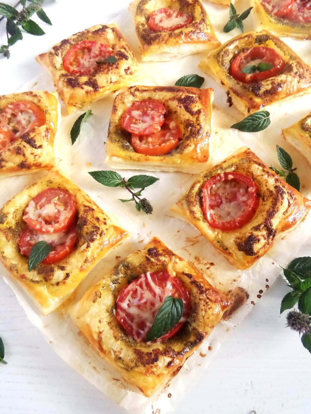 puff pastry tomato bites Puff Pastry Nibbles with Homemade Mint Pistachio Pesto