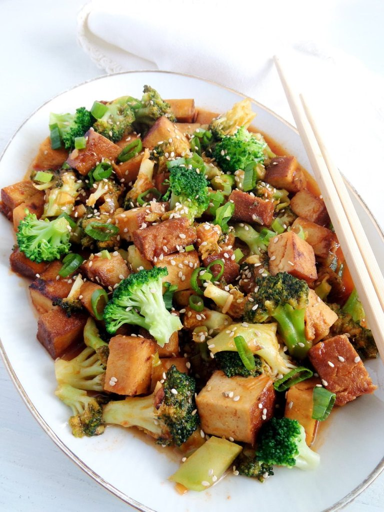 tofu broccoli 768x1024 Vegan Broccoli and Tofu with Sweet Sour Sauce and Sesame Seeds