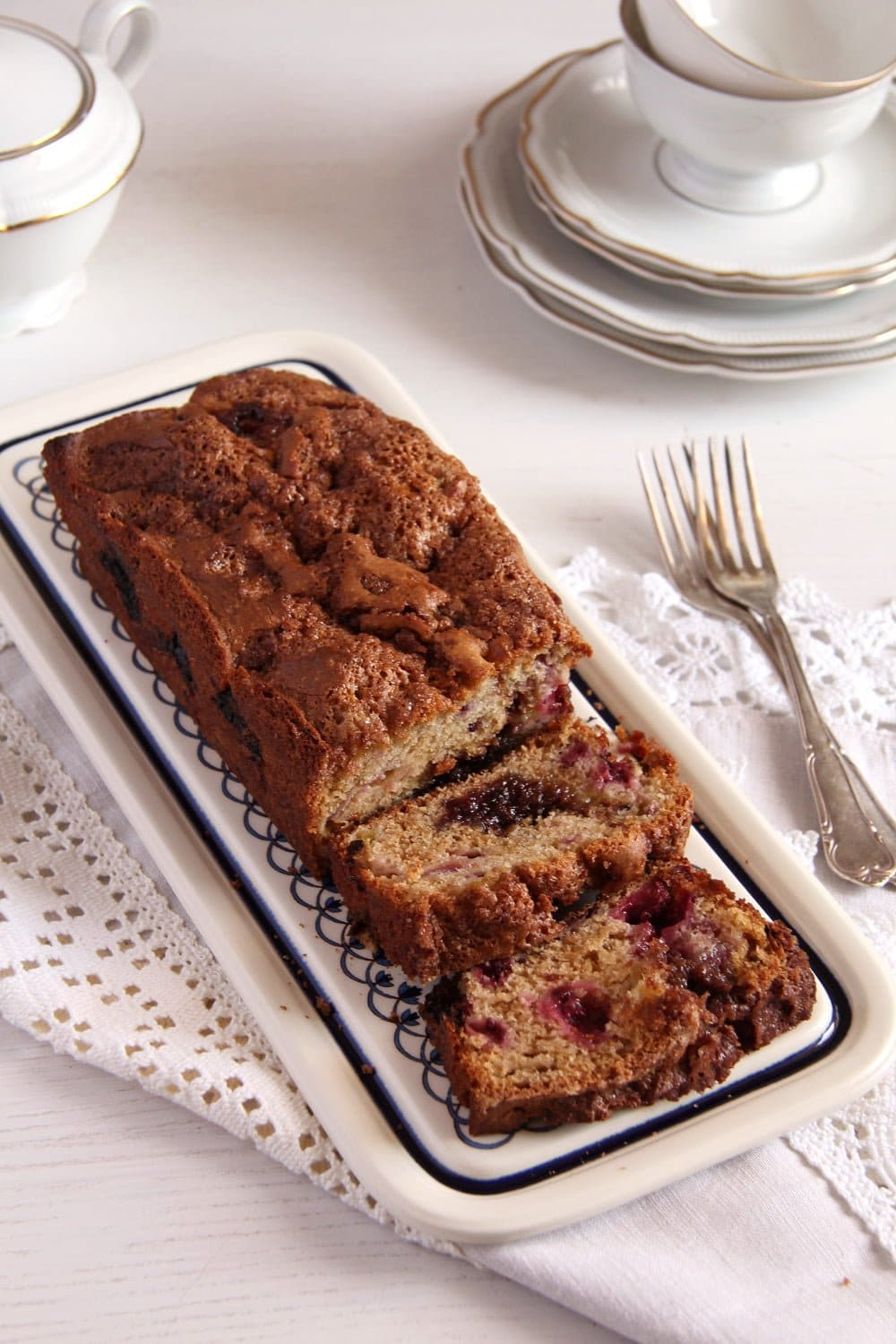 rhubarb bread 12 Recipes for Mothers Day