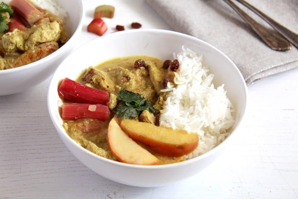 rhubarb chicken stew Chicken Green Curry with Rhubarb, Coconut Milk and Raisins