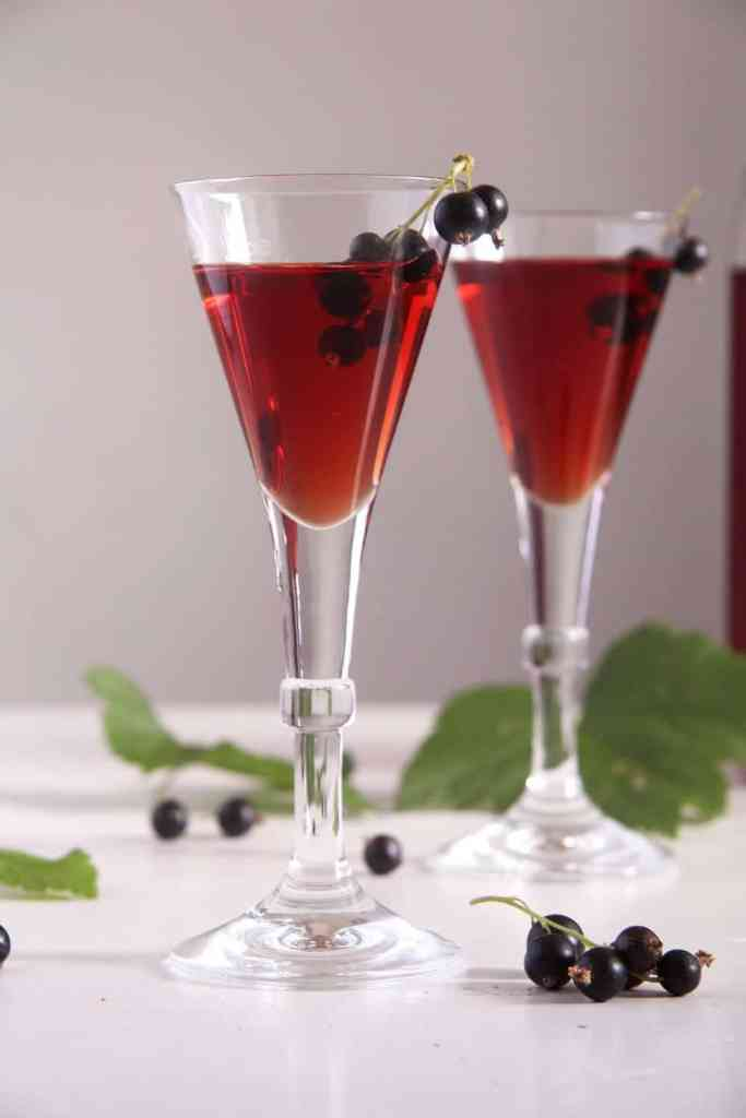 creme cassis liquor 683x1024 Homemade Crème de Cassis or Black Currant Liquor