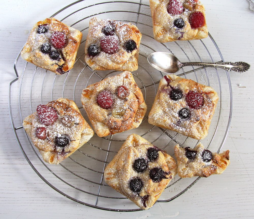 marzipan berries pastry Puff Pastry Parcels with Berries and Marzipan