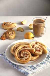 %name apple puff pastry rolls
