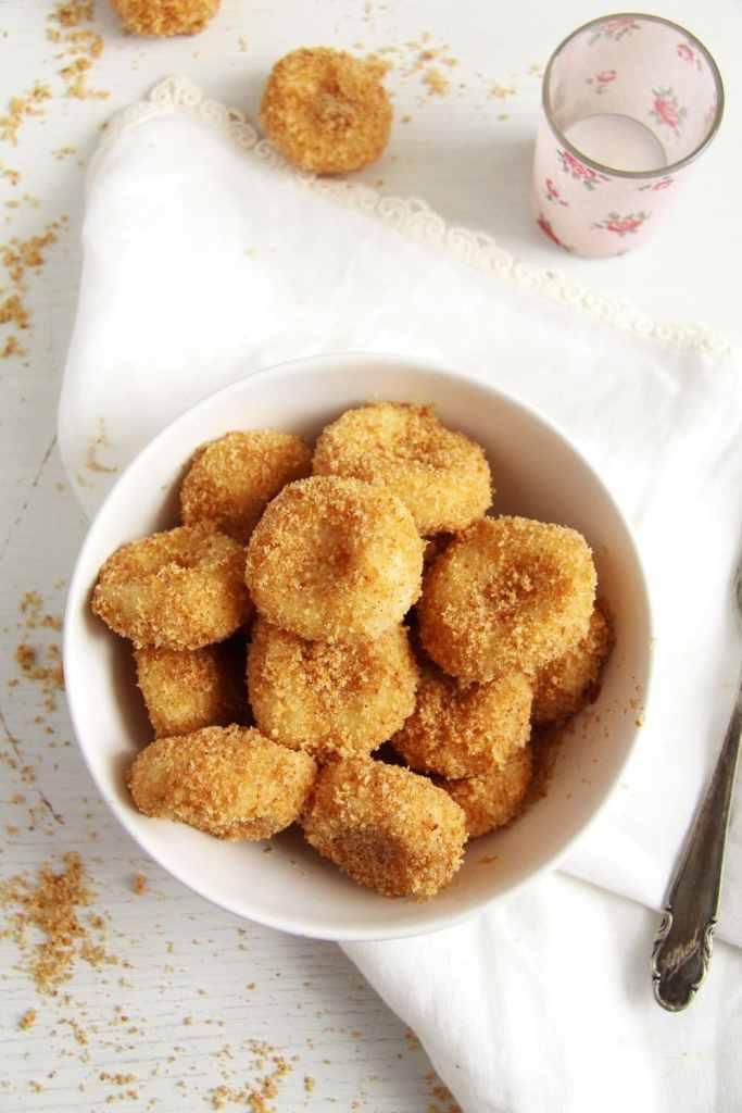 cheese dumplings soft 683x1024 Romanian Cheese Dumplings – Papanasi fierti