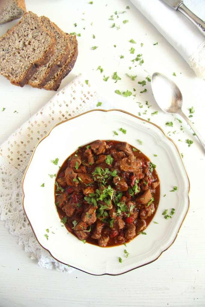lamb stew romanian 683x1024 Romanian Lamb Stew – Tocanita de miel