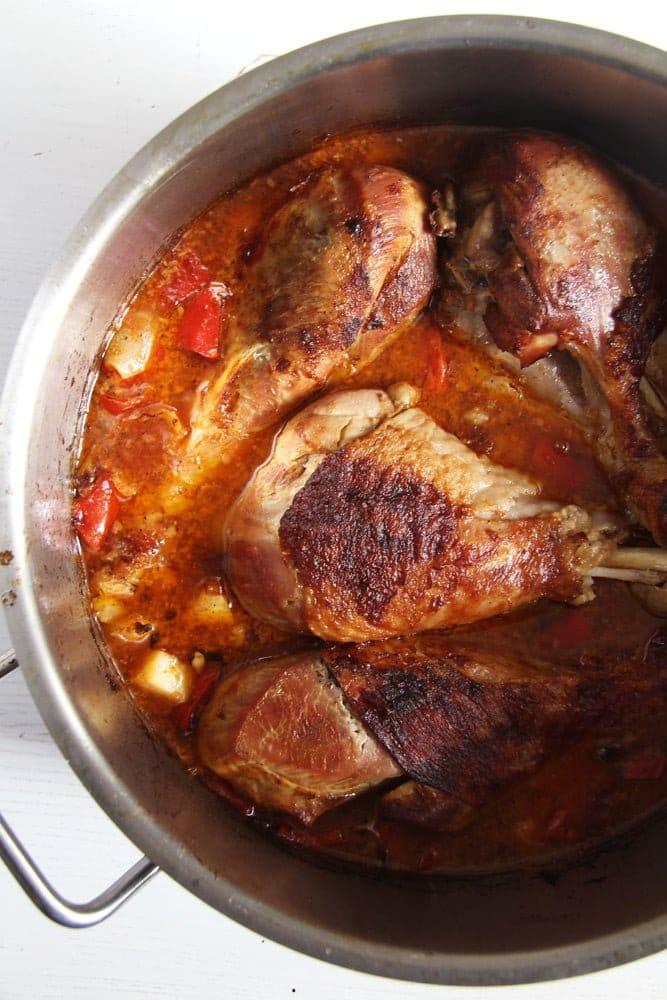 turkey legs sauce Oven Roasted Turkey Drumsticks Recipe with Vegetables
