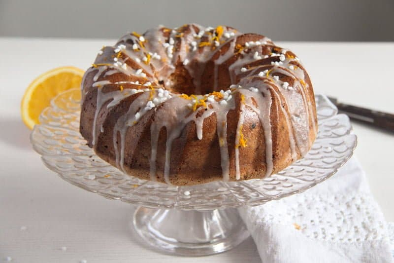 bundt cake ed 1 Orange Bundt Cake with Chocolate, Raisins and Almonds