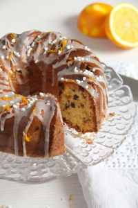 %name Orange Bundt Cake with Chocolate, Raisins and Almonds