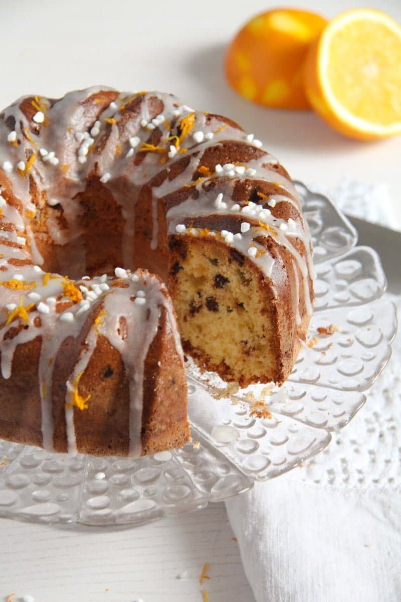bundt cake ed 5 Orange Bundt Cake with Chocolate, Raisins and Almonds