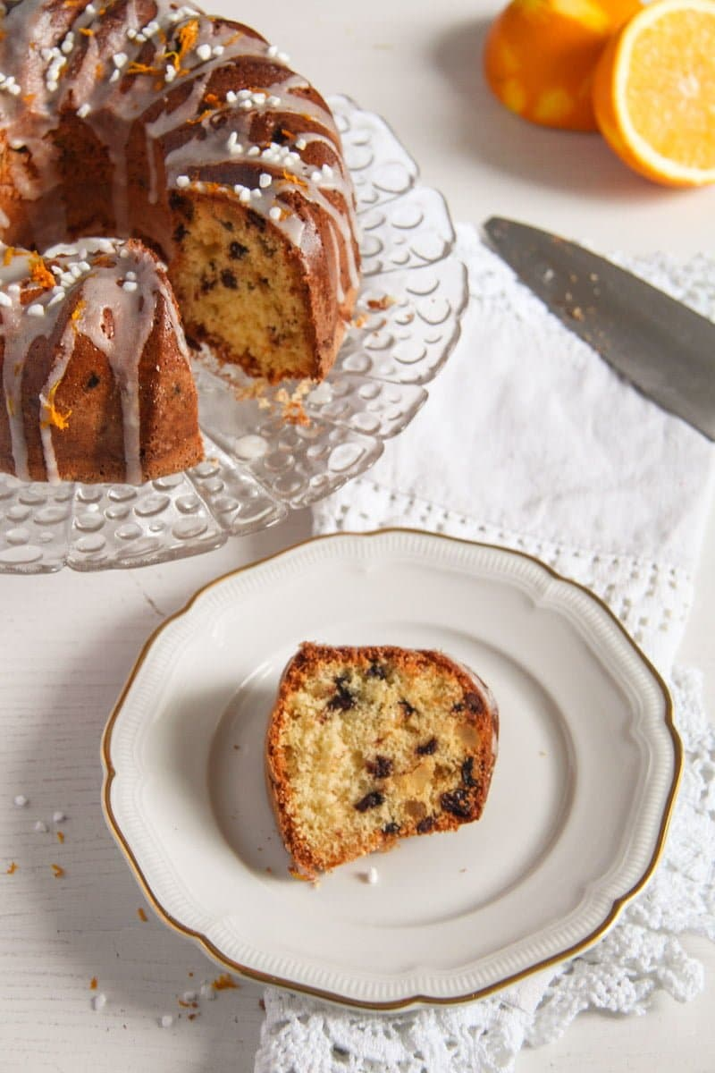 bundt cake ed 6 Orange Bundt Cake with Chocolate, Raisins and Almonds
