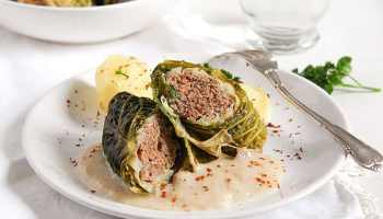German red cabbage easy stuffed savoy cabbage with minced meat german recipe forumfinder Image collections