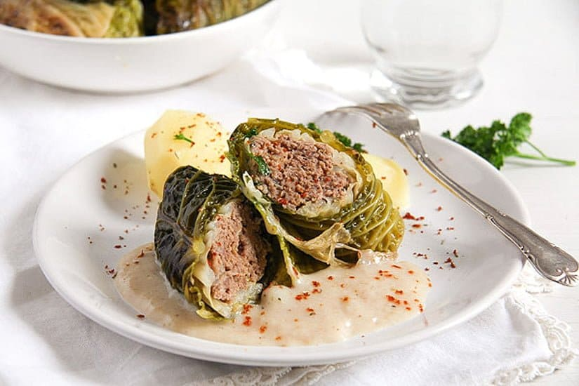 Easy Stuffed Savoy Cabbage with Minced Meat – German Recipe