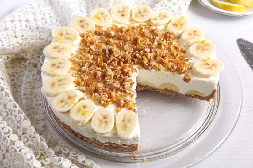 banana pie 3 No Bake Banana Caramel Cream Pie with Candied Walnuts