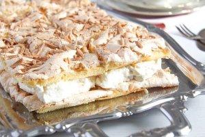 %name Mandarin Orange Cake with Cream and Almond Meringue