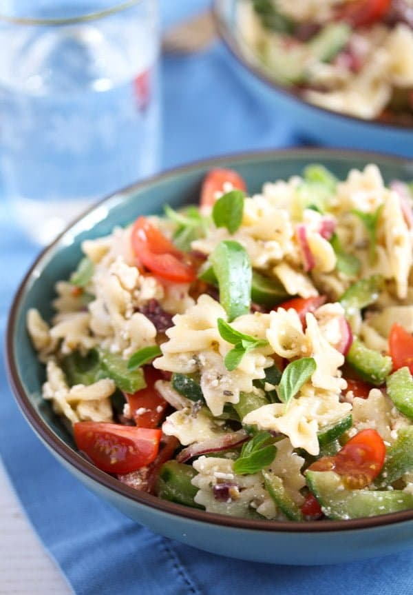 greek pasta salad 6 Greek Pasta Salad – with Green Bell Pepper and Feta