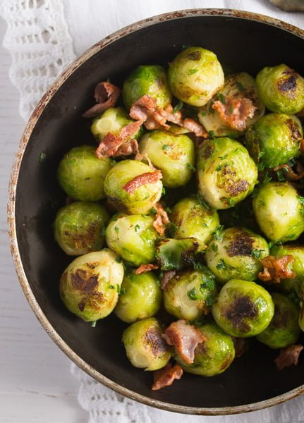 brussels sprouts garlic 3 Brussels Sprouts with Garlic and Bacon