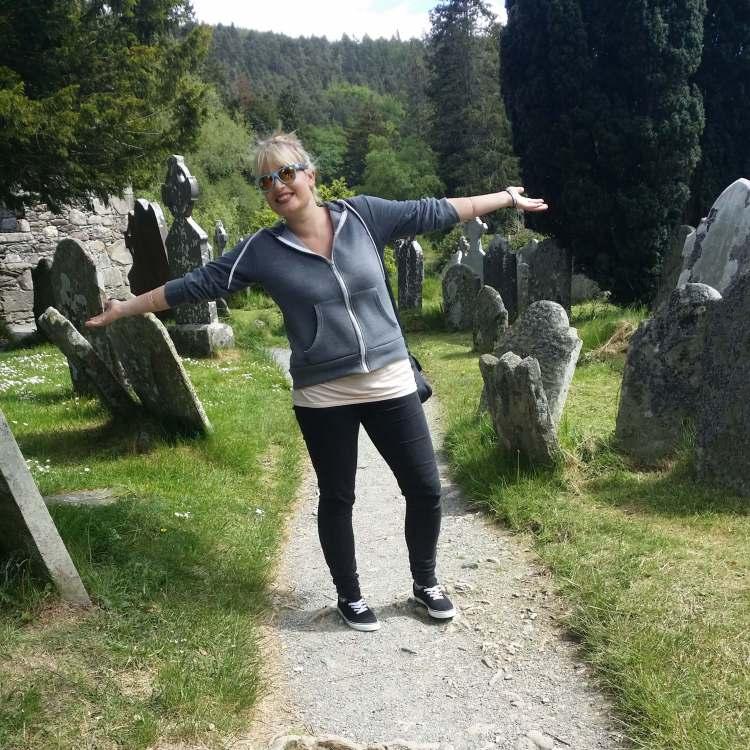 Gelndalough graveyard Paddy wagon tours
