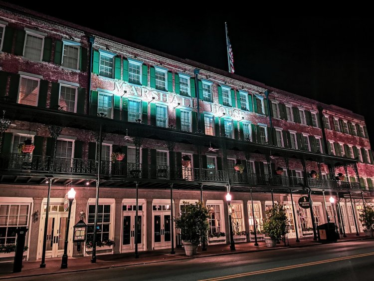 Marshall hotel Savannah haunted