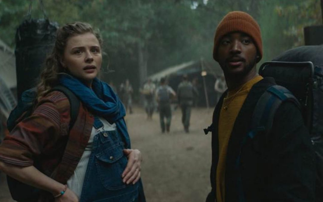 """First Look at Chloë Grace Moretz and Algee Smith in Hulu's """"Mother/Android"""""""