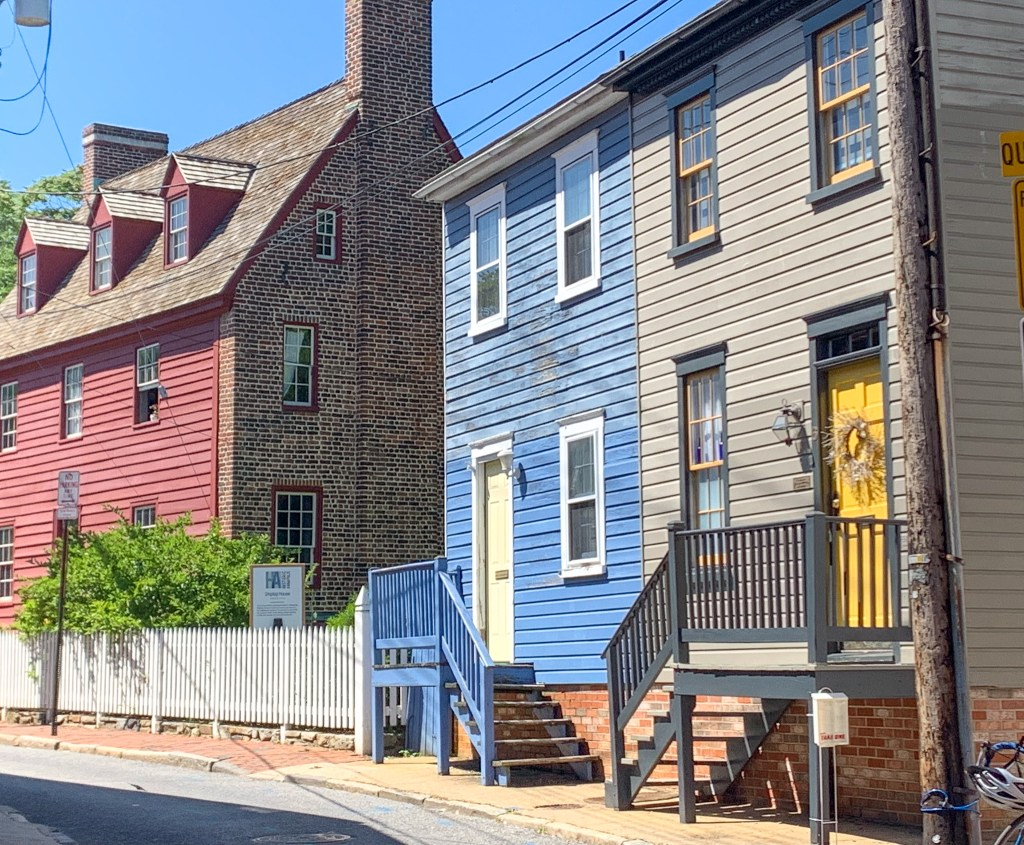 colorful row houses on Pinkney Street in historic Annapolis