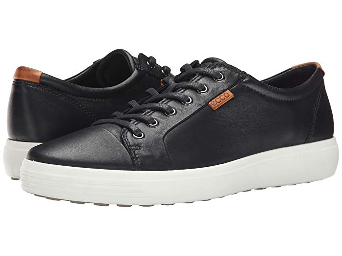 Ecco Soft 7 sneaker in black - one of my favorite shoes for travel