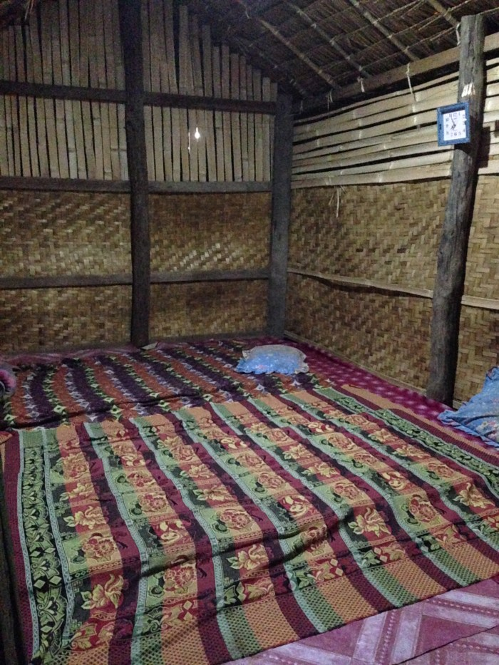bamboo hut massage