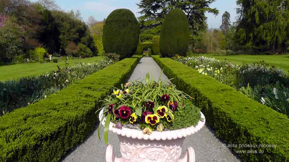 Travel theme: Garden