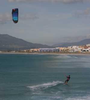 kite-surfing-tarifa-town-2-blog
