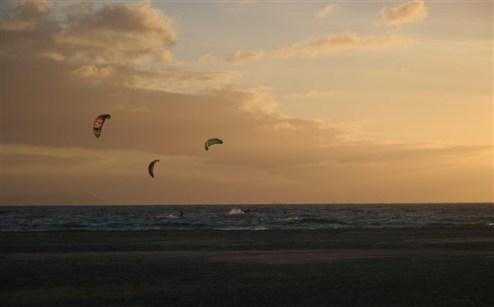 kites-at-sunset