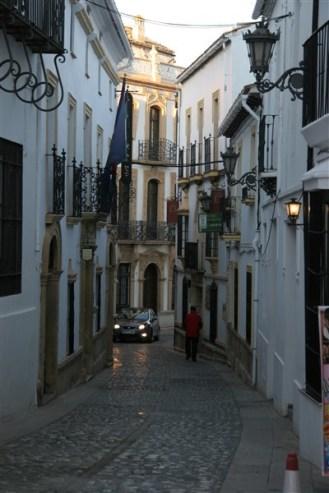 ronda-street3