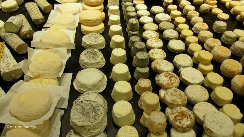 les halles Lyon - where the foodies go9