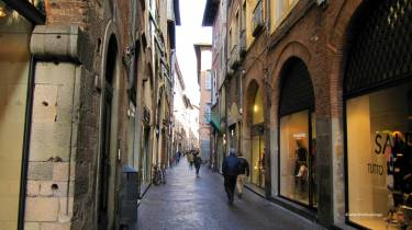 lucca - where the foodies go 38