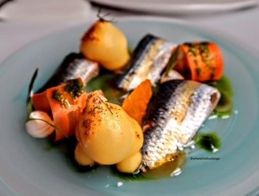 Sardine marinate con insalata di mandarini e carote