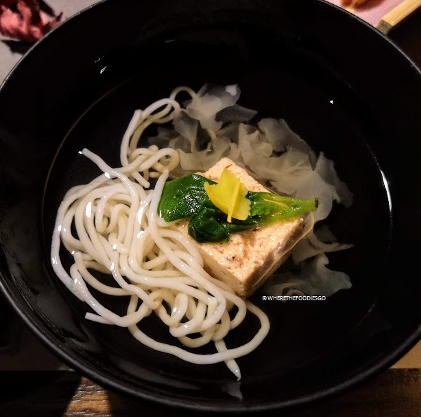 Cena al ryokan Sanga, Kyushu