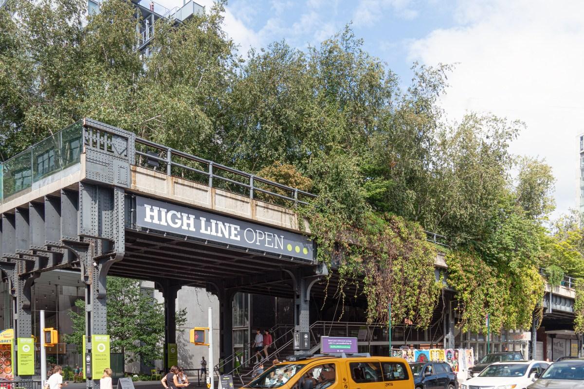 A Walk Along the High Line