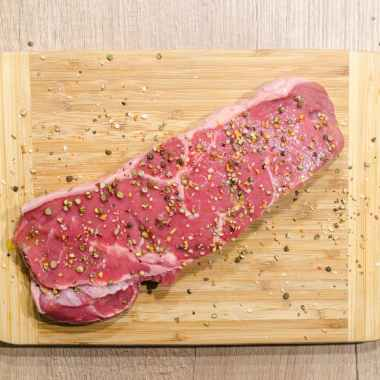 beef chopping board fillet food
