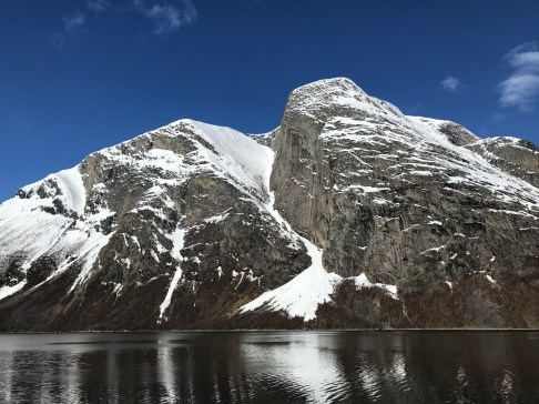 This steep couloir drops 1,100 meters from the top of Gangnesaksla right into the water of Skjomen Fjord. One of the toughest backcountry lines in the region, you need just the right conditions, the proper gear, and someone who knows it before skiing it. Maybe next time!