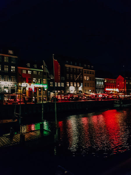 Nyhaven by Night Copenhagen instagrammable