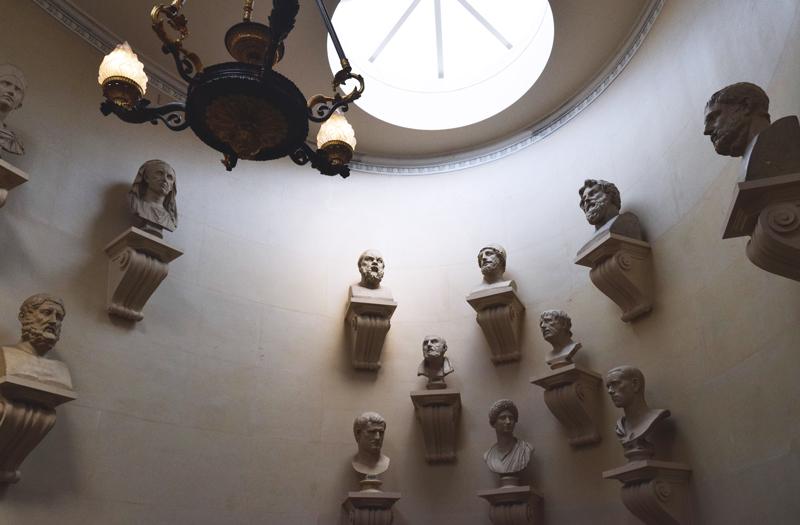 Hall-of-Faces---Scottish-National-Gallery-on-the-Mound---Edinburgh-Scotland-2