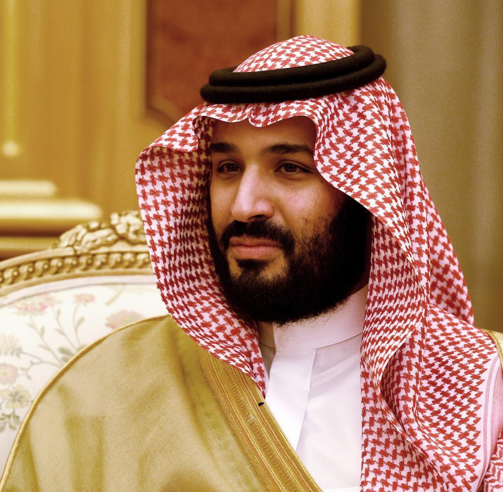 Perempuan dilibatkan dalam parade militer tahunan perayaan hari nasional arab saudi untuk pertama kalinya dalam sejarah negara kerajaan tersebut pada. Mohammed bin Salman Biography