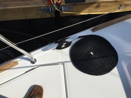 Jeanneau Sun Odyssey 349 Bow Cleat