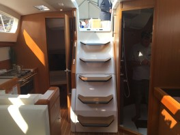 Jeanneau Sun Odyssey 44DS Companionway Steps