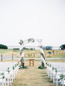 Dani-Cowan-Photography-Destination-Wedding-Photographer-Whidbey-Island-Crockett-Farms497