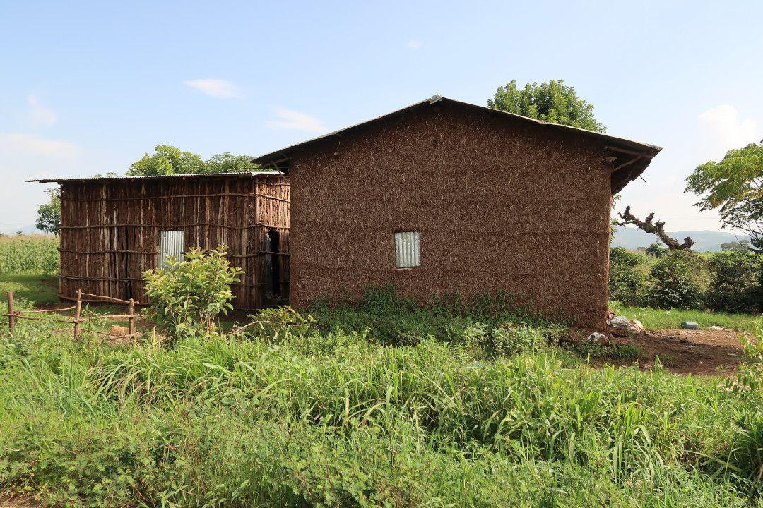 farmer house ethiopia.whileinafrica