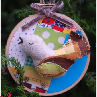 Free Pattern: Bird Ornaments for the Holidays