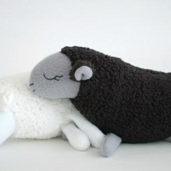 Free Pattern: Baa Baa Black Sheep (and more)