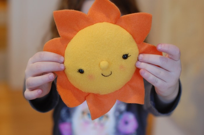 Plush Sun free sewing pattern