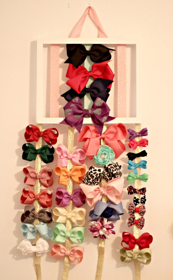 DIY Hair Bow Holder: This quick and easy afternoon project will give your girl a special, homemade way to display all of her favorite bows that she can easily pick from when getting dressed each day. Click here for a full list of sources and materials needed to get this project done in a jiffy.